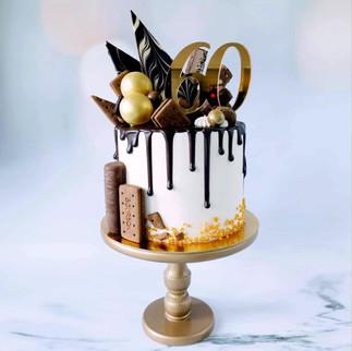 chocolate & gold drip cake