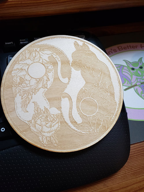 "Yin Yang Cat 6"" Grid Plate and Stones"
