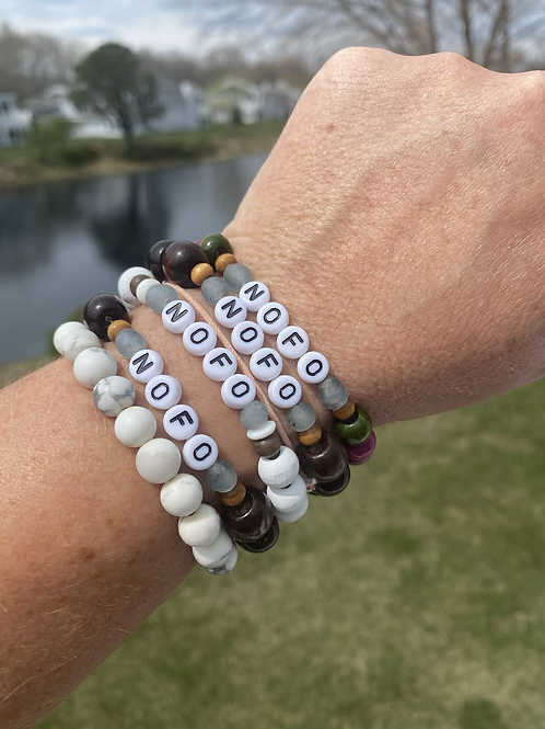 NOFO (North Fork) stretchy word bracelet