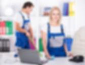 os-limpadores-profissionais-dos-pares-no