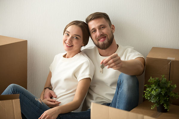 portrait-couple-holding-keys-excited-mov