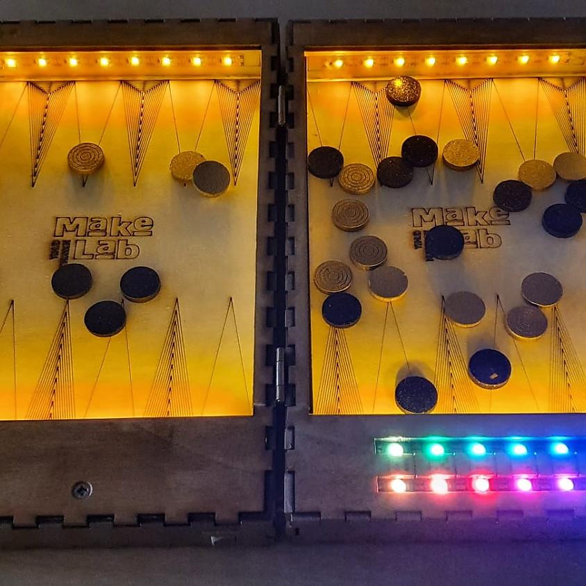 סדנת בניית לוח שש בש מאיר עם מחולל הטלת קוביה מבוסס-ארדואינו - 3 מפגשים