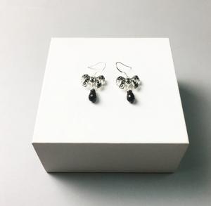 Bow Onyx Black Earrings