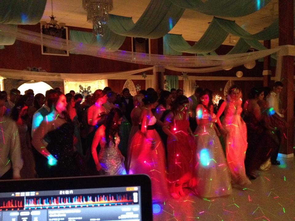 Prom Dancin'