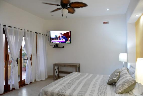 Casa Salamandra - Bung. Sol Room.JPG