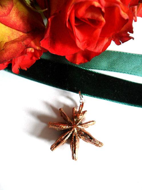 Copper Star Anise Green Velvet Choker
