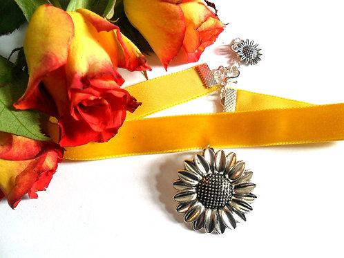 Sunflower Yellow Velvet Choker