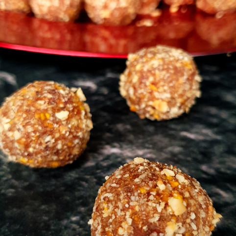 Raw Cacao Orange almond hazelnut powerbite