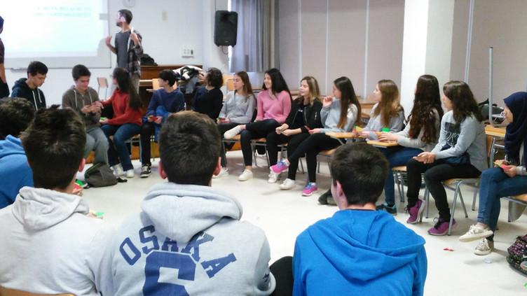 L'AJSC torna a l'institut amb un nou taller sobre l'amor romàntic