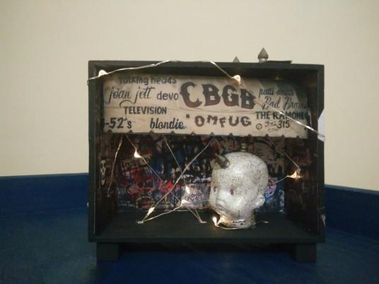 קופסת צל - CBGB