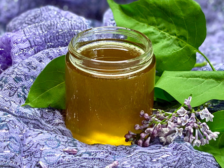 How to Make Lilac-Infused Honey (Video)