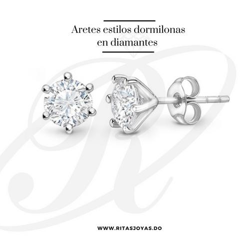 Aretes dormilonas de diamante.