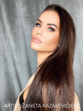 Eyebrows - Zaneta Kazakeviciene