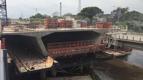 De l'art camerounais de construire cinq ponts au même endroit