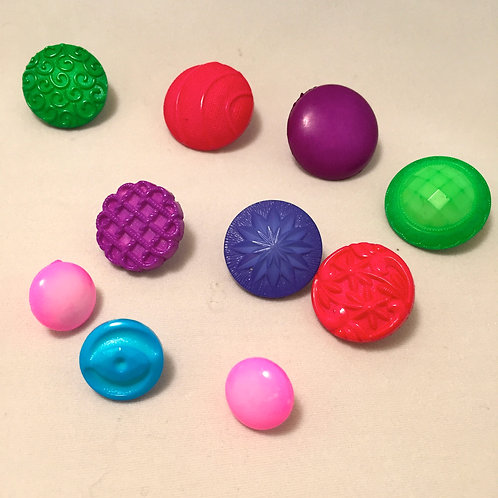 Assorted Domed/Embossed Buttons