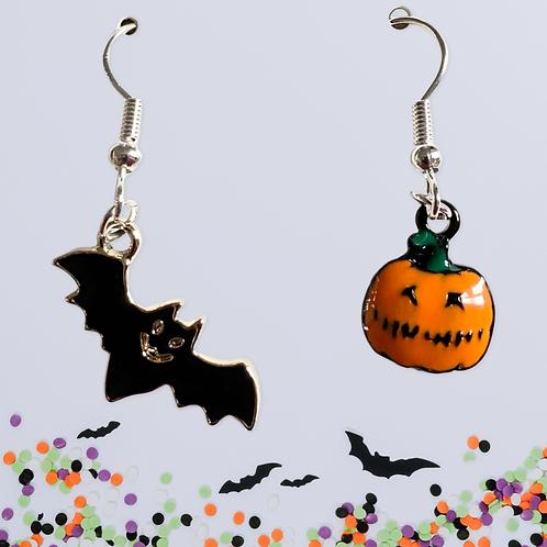 Let's get spooky! - Bat & Pumpkin Earrings