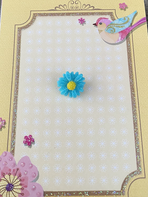 Blue Dainty Daisy - Pin Badge