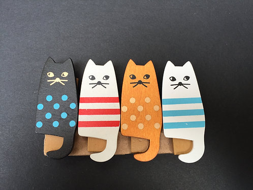 Wooden Patterned Cat Pegs