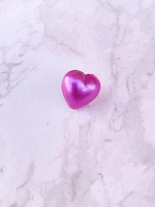 Small Heart Pin Badge - Cerise