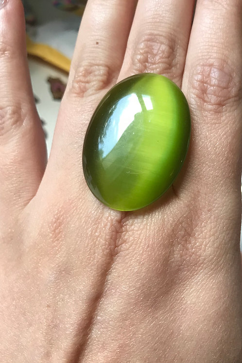 Green Oval Glass Ring