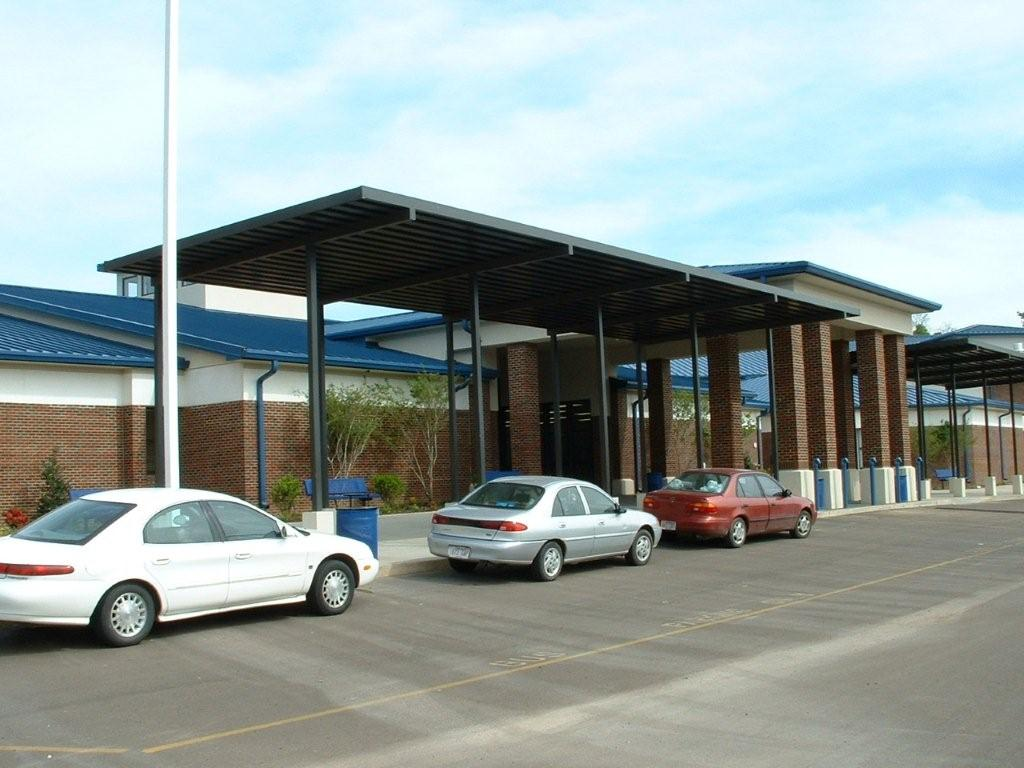 Texarkana & Forrest City Jr. High 4-04 023