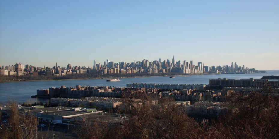 The Skyline of Manhattan from Mahwahjpeg