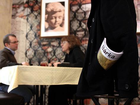 VENDÉGSÉGBE CSALOGATOTT RÉSZLETEK - Viola Szandra kritikái és beszámolói