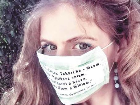 Kedvenc versem – maszkokra illesztve. Kreatív megoldások a karantén idejére Viola Szandrától.