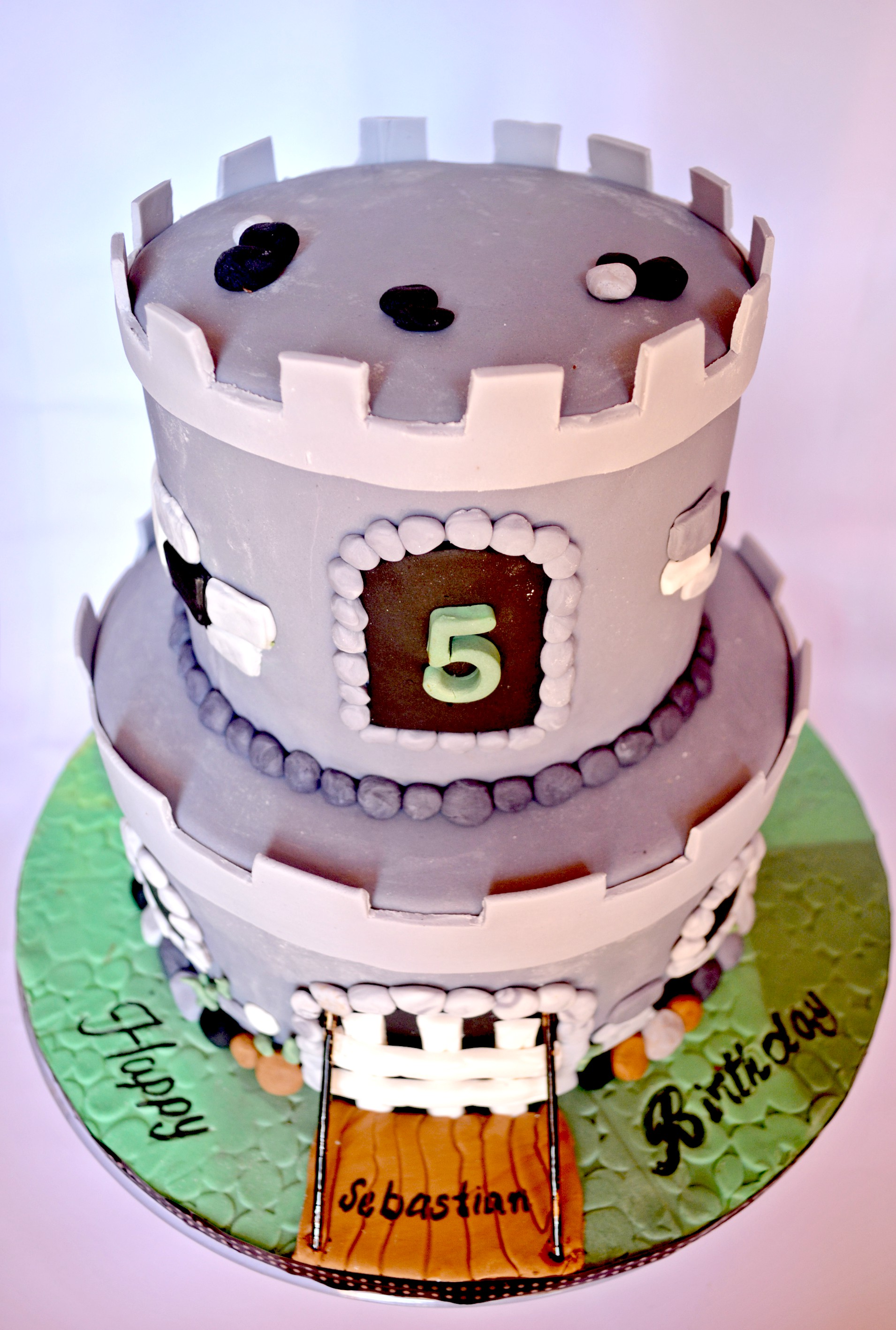 Green dragon castle cake