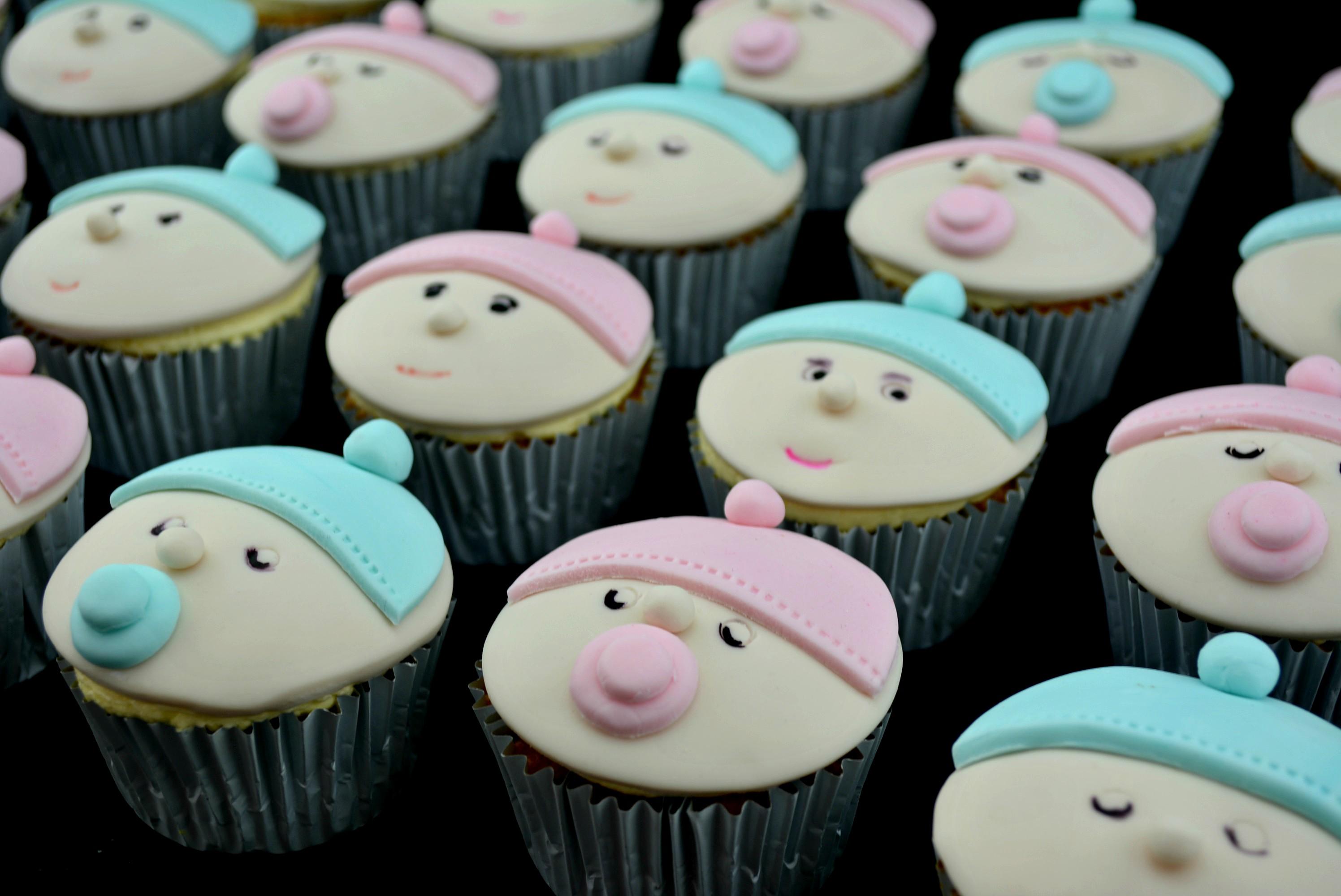 BabyFaceCupcakes_cakewaves