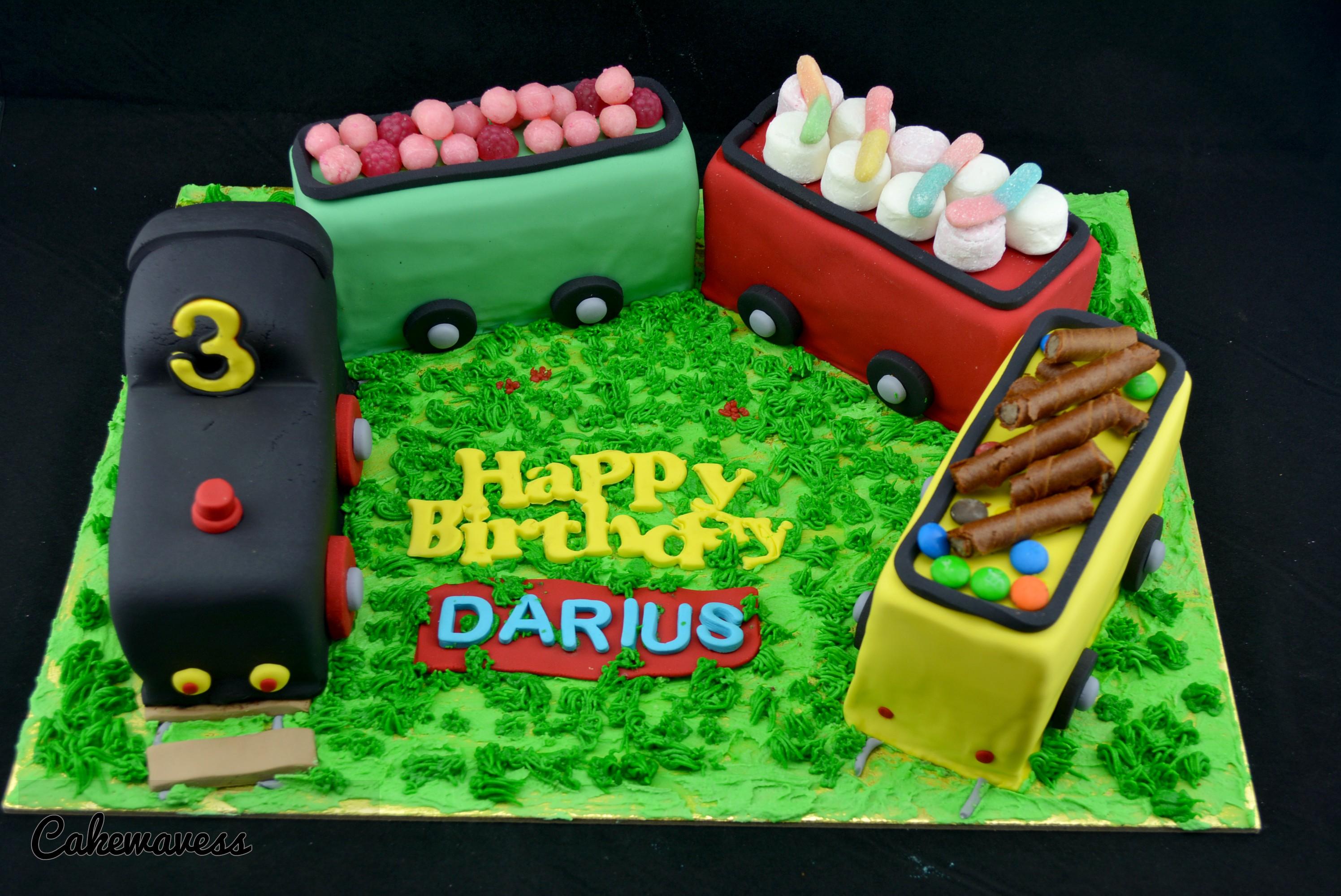 TrainCake_cakewaves