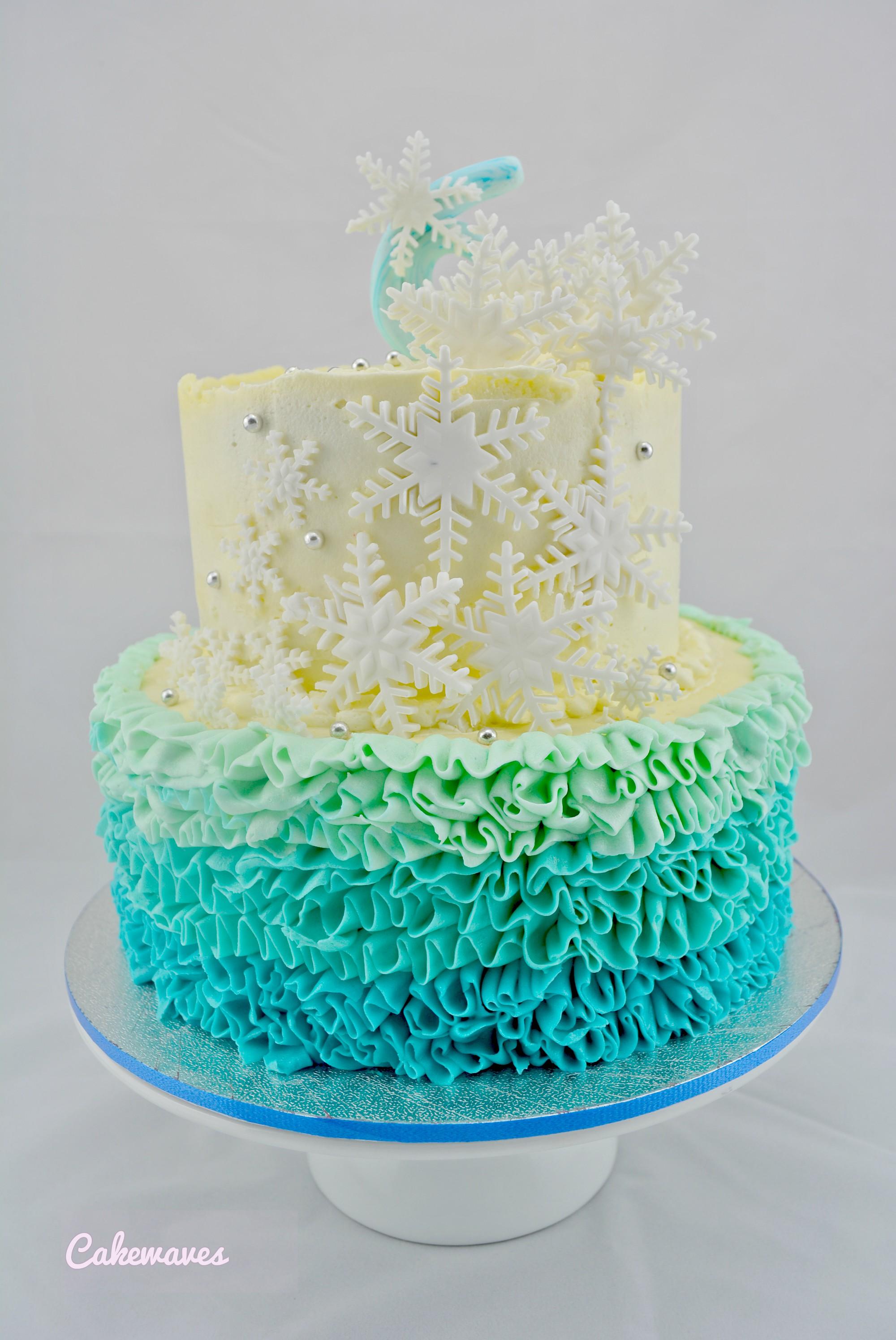DisneyFrozenCake_cakewaves