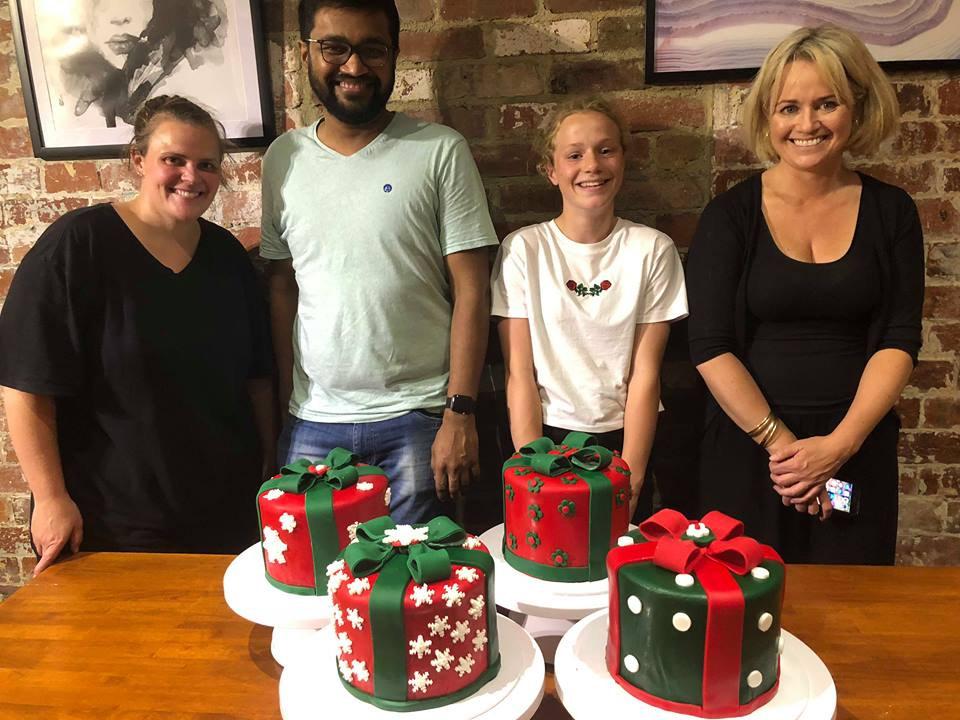 Adults Christmas Cake  Class 2