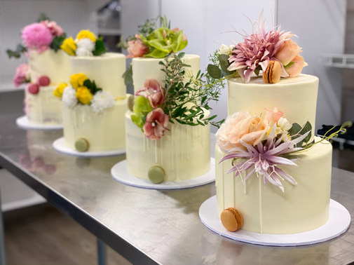 Two Tier Floral Drip Cake Class - May 2021