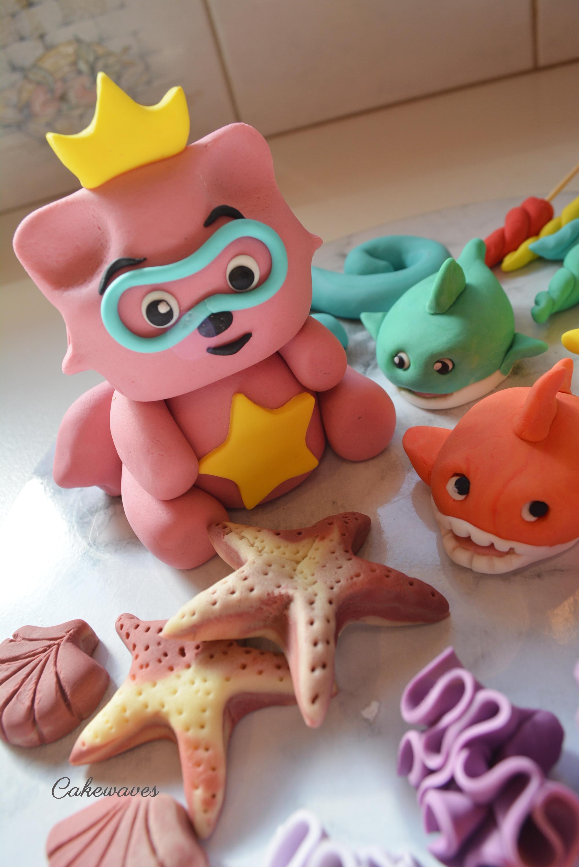 PinkFongCakeTopper_cakewaves