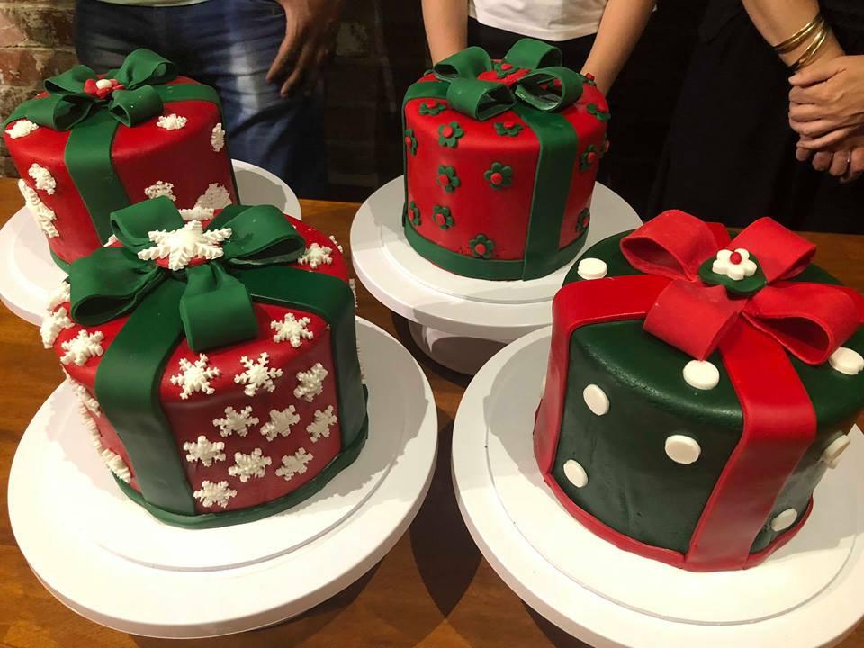 Adults Christmas Cake  Class 1