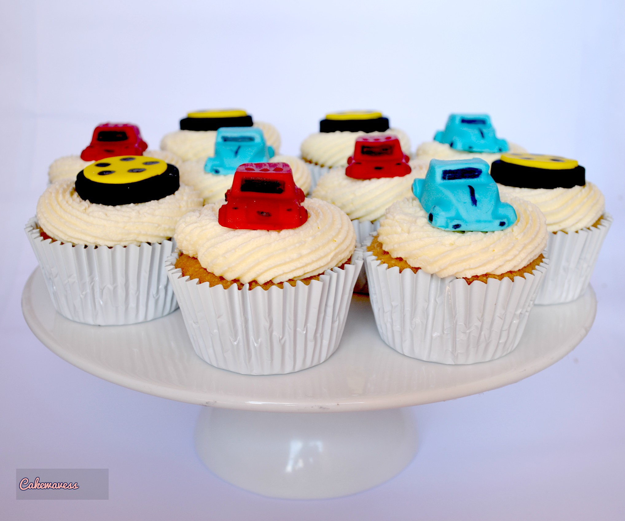 Car and wheel cupcakes