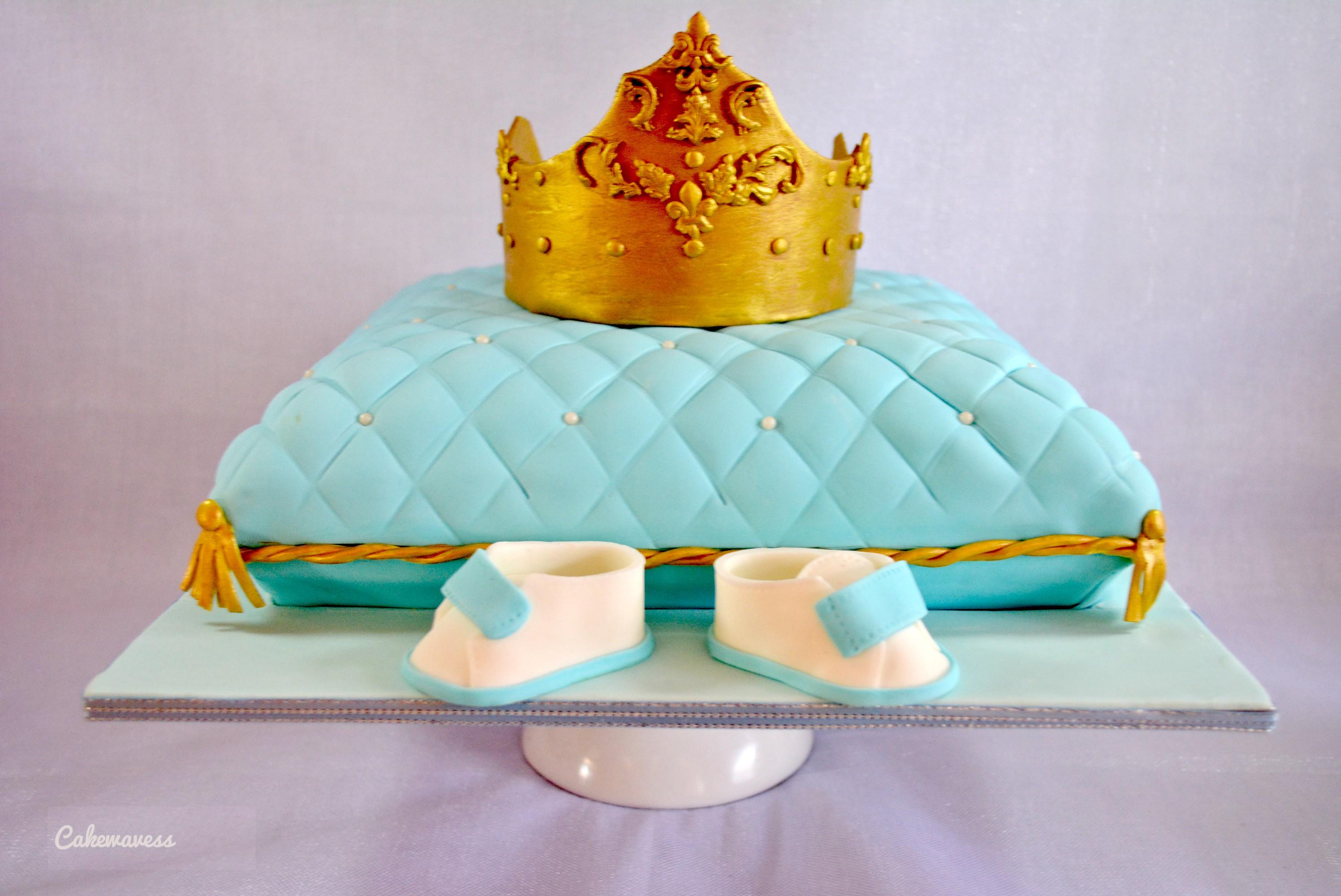 pillow crown