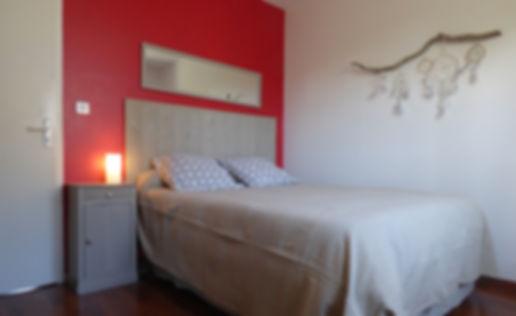 chambre cosy grand lit 140 x 190 attrappe-rêve placard sud