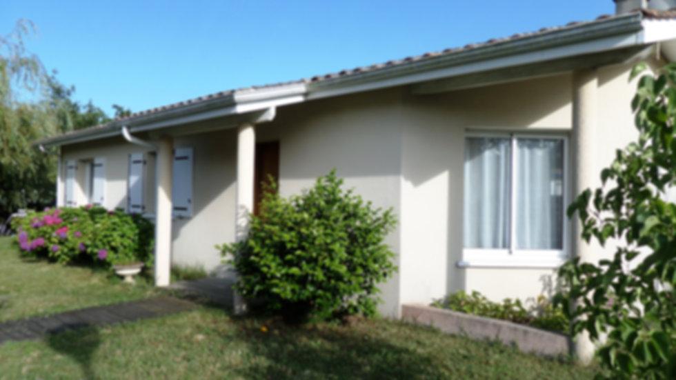 location maison plain-pied vacances 3 chambres terrasse calme jardin wifi proche plage océan