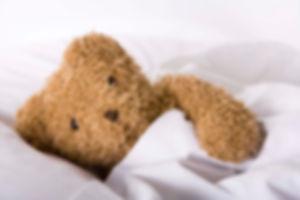 איך לגרום לתינוק לישון כל הלילה