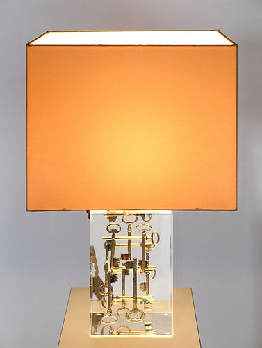 Tischleuchte Acrylglas.jpg