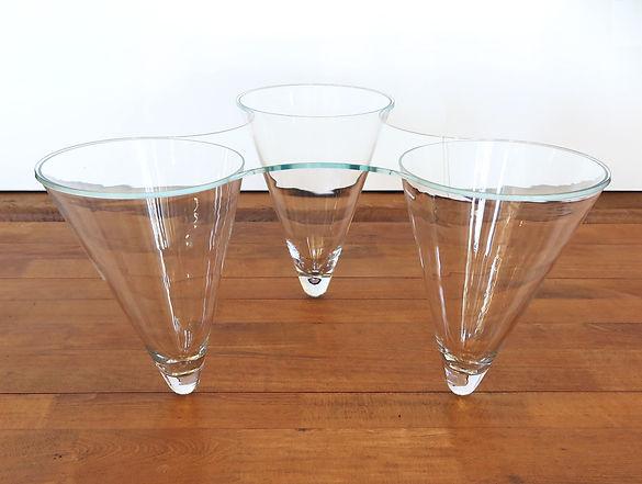 Glasskulpturtisch