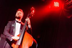 Lucas Espósito: bass