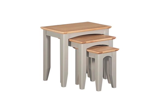 NEST OF TABLES | EV P04