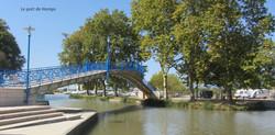 Homps - La passerelle sur le canal du midi