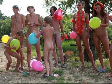 Family nudists 3.jpg