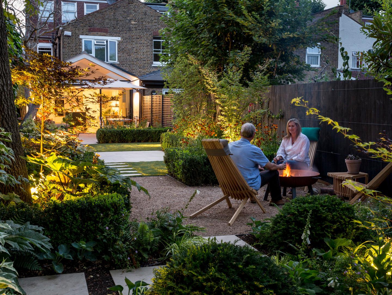 Long Narrow Contemporary Garden