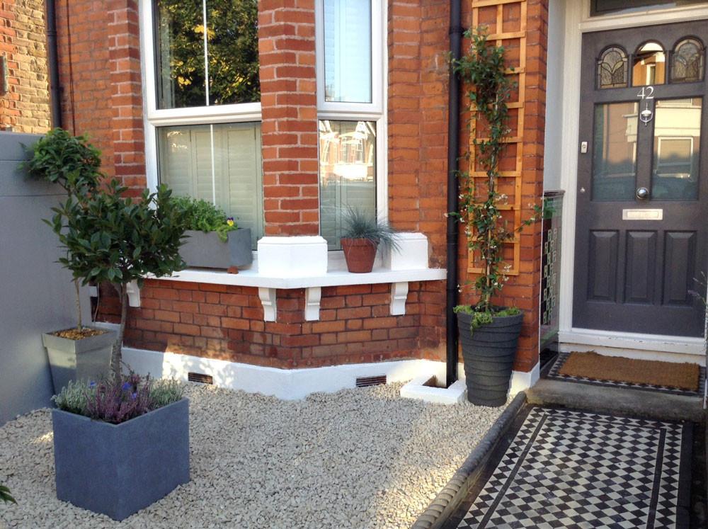 Kinda Street Garden Front View