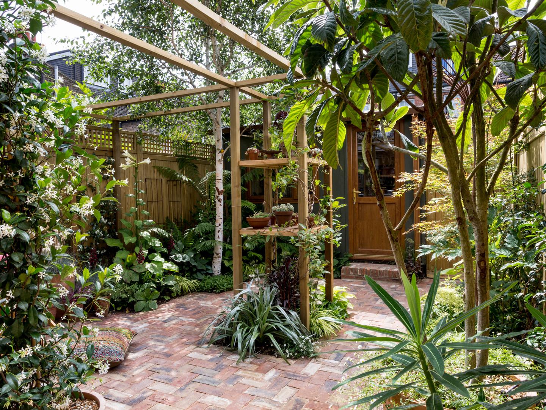 Magical Courtyard Garden